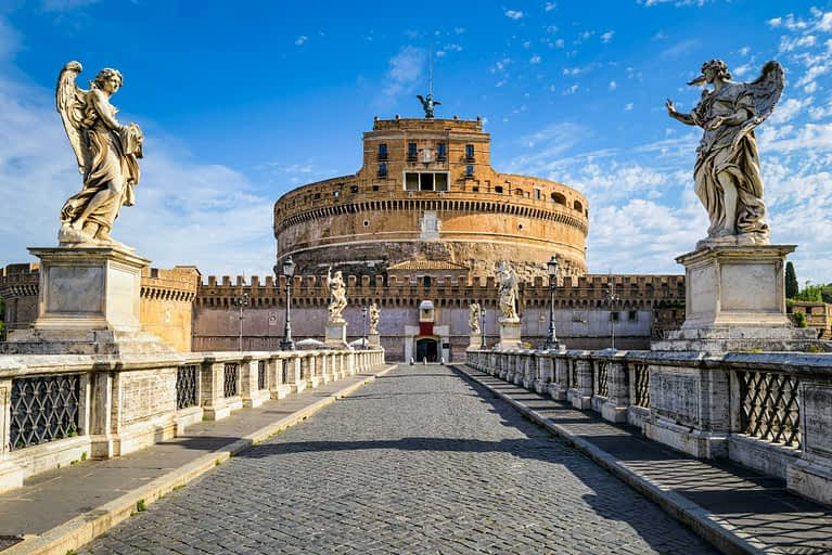 Investor Visa for Italy [2022] Citizenship by Investment in Italy? 1